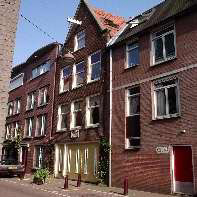 B&B Jordaan- traditional front gable (3K)